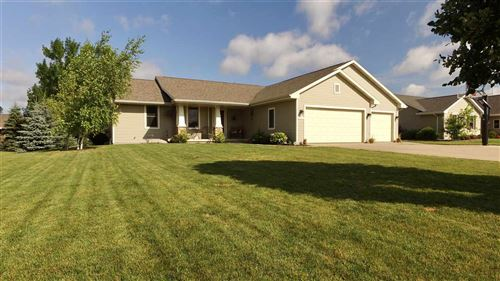 Photo of N1735 SCHROEDER FARM Drive, GREENVILLE, WI 54942 (MLS # 50207214)