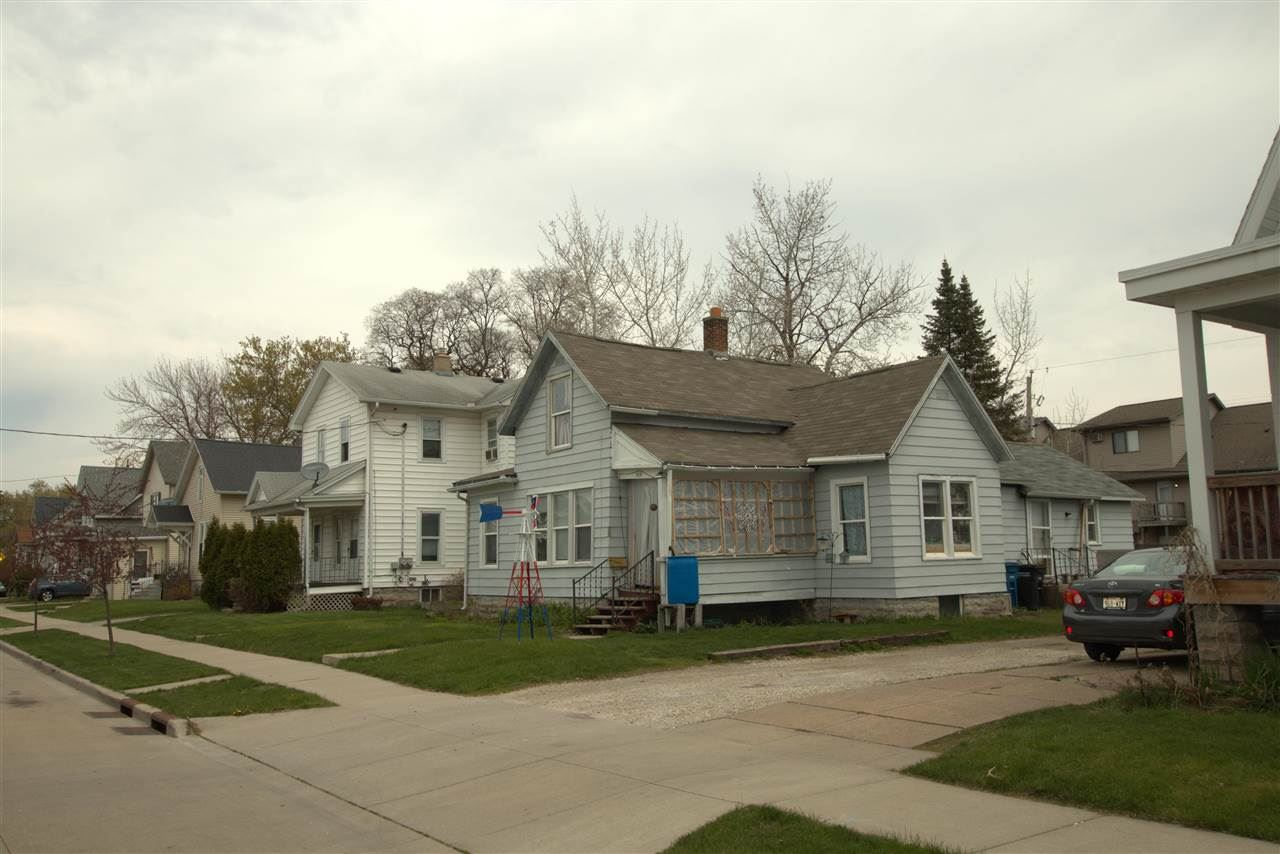 664 CENTRAL Street, Oshkosh, WI 54901 - MLS#: 50239221
