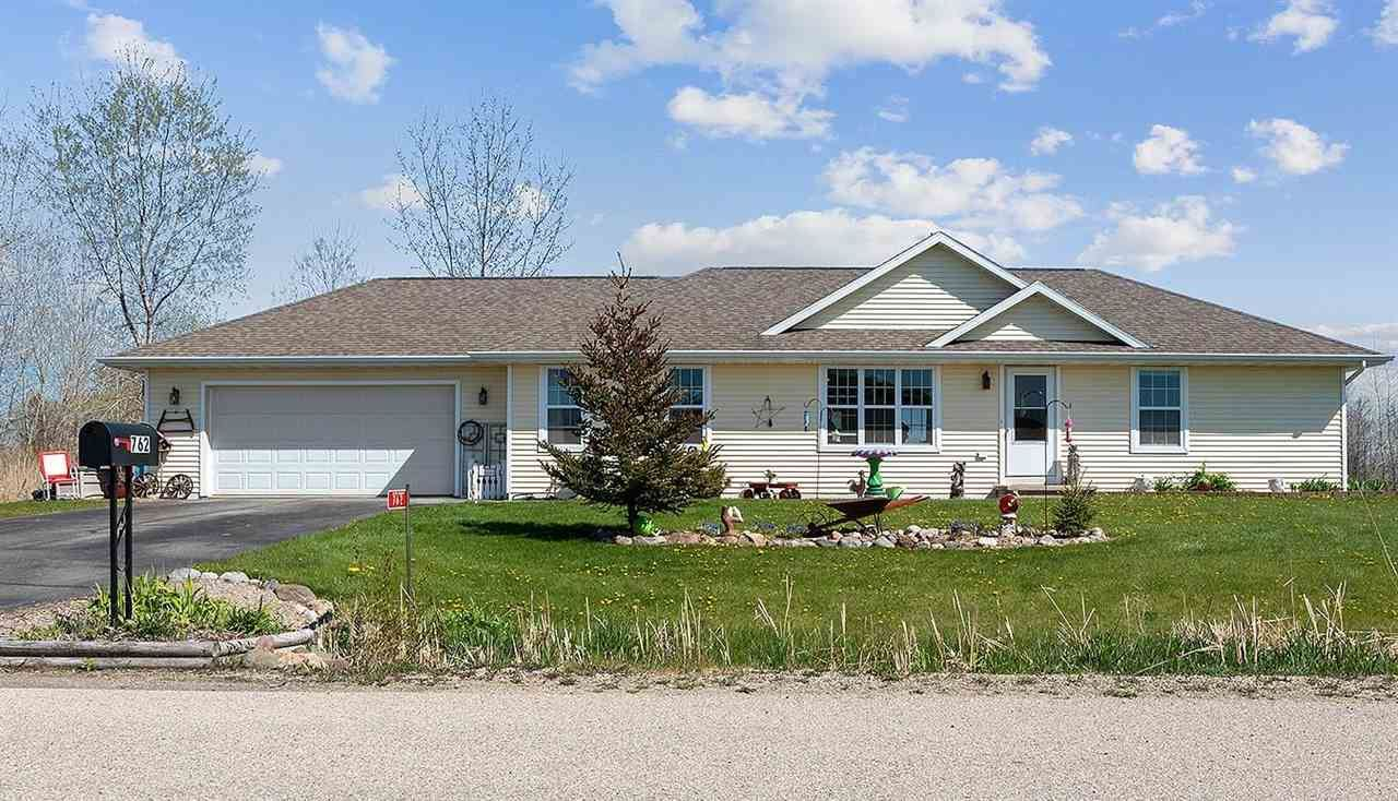 762 ASTER Trail, Little Suamico, WI 54141 - MLS#: 50240222