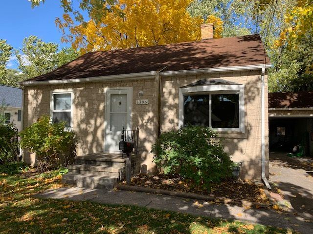 1306 ELMORE Street, Green Bay, WI 54303 - MLS#: 50231223