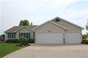 Photo of N1844 SMOKEY Court, GREENVILLE, WI 54942 (MLS # 50206225)