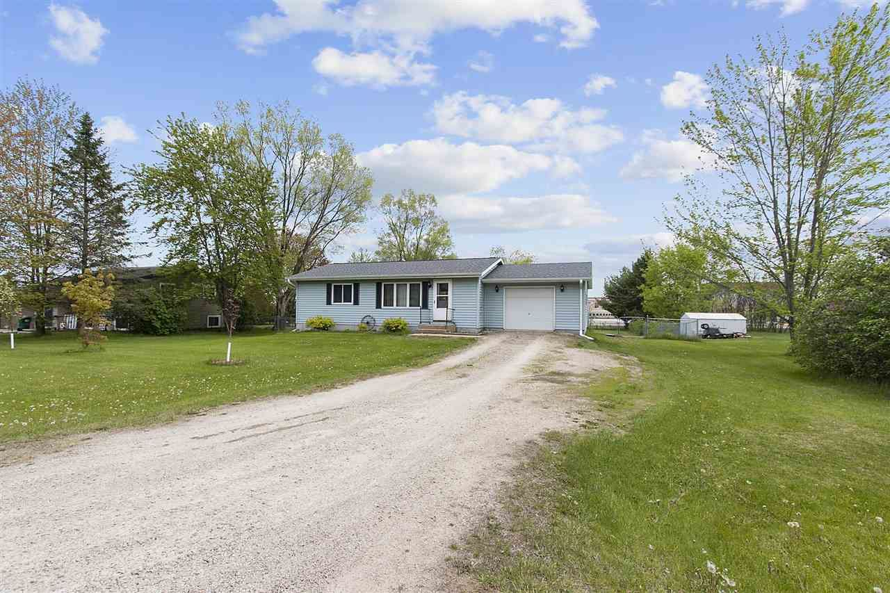 E2341 JULIE Lane, Waupaca, WI 54981 - MLS#: 50240231