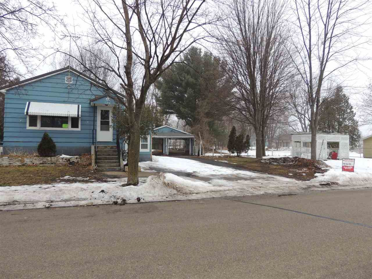 120 MESSENGER Avenue, Oconto, WI 54153 - MLS#: 50228233