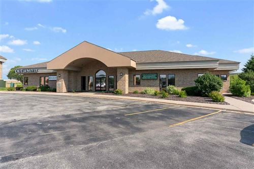Photo of 2360A DUCK CREEK Parkway #2, GREEN BAY, WI 54303 (MLS # 50209234)