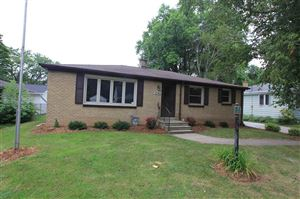 Photo of 1241 LANGLADE Avenue, GREEN BAY, WI 54304 (MLS # 50207240)