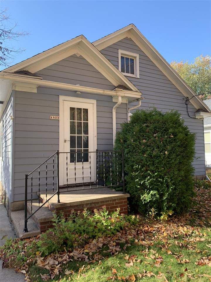 1823 N CLARK Street, Appleton, WI 54911 - MLS#: 50231246