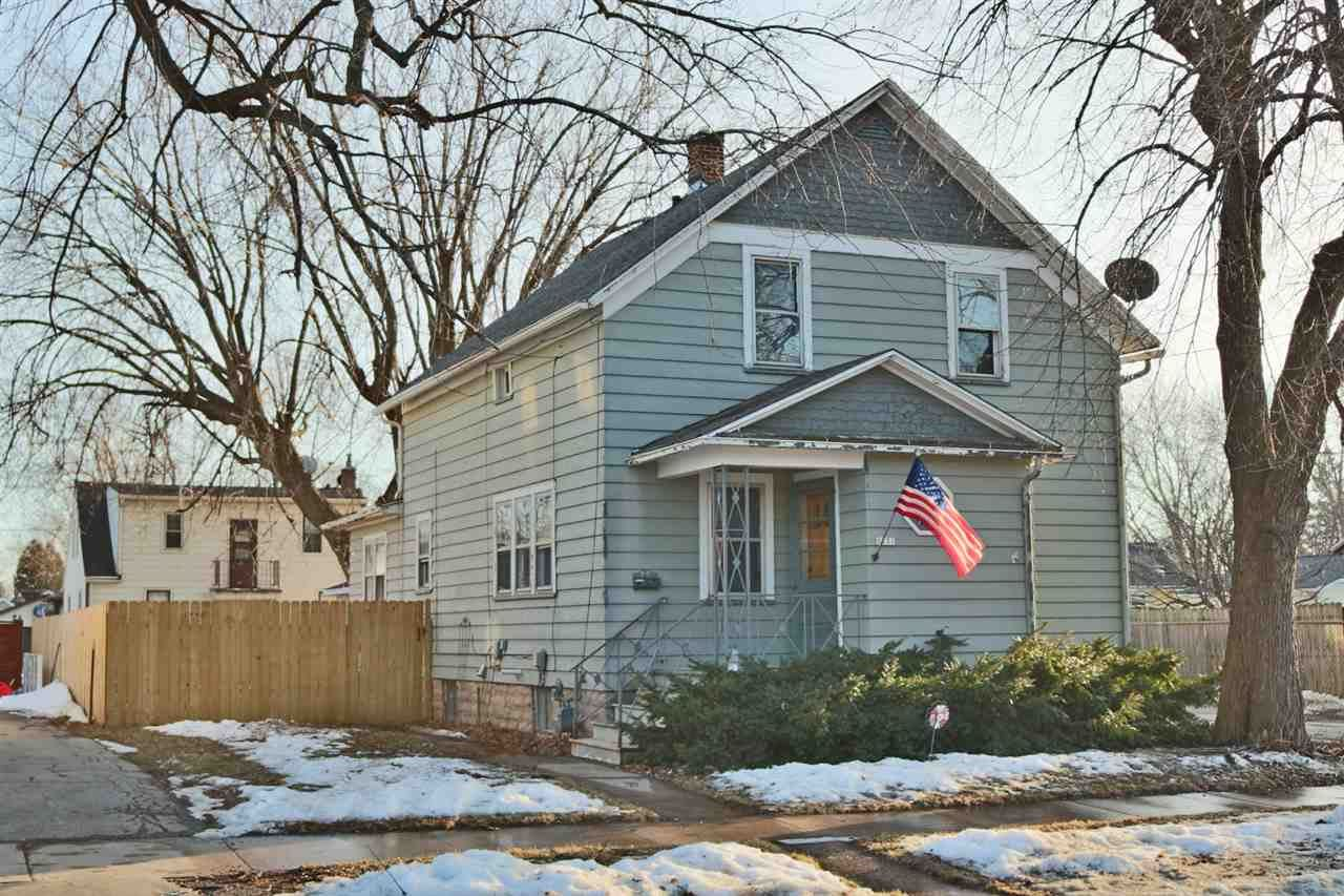 1131 W 6TH Avenue, Oshkosh, WI 54902 - MLS#: 50236254