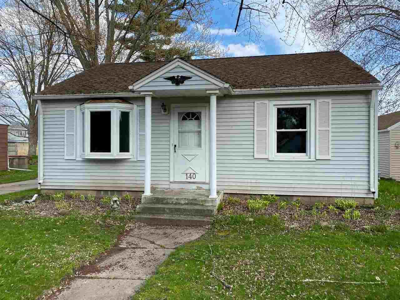 140 ROBERT Street, Clintonville, WI 54929 - MLS#: 50239255