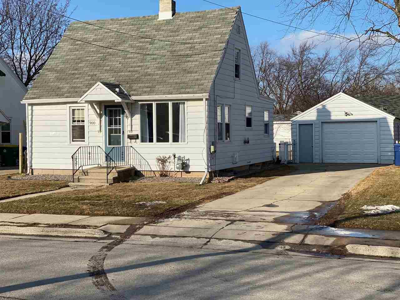 900 LANGLADE Avenue, Green Bay, WI 54304 - MLS#: 50236271