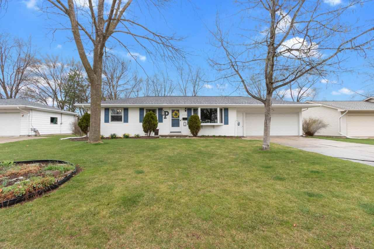 513 FLORAL Drive, Green Bay, WI 54301 - MLS#: 50238271