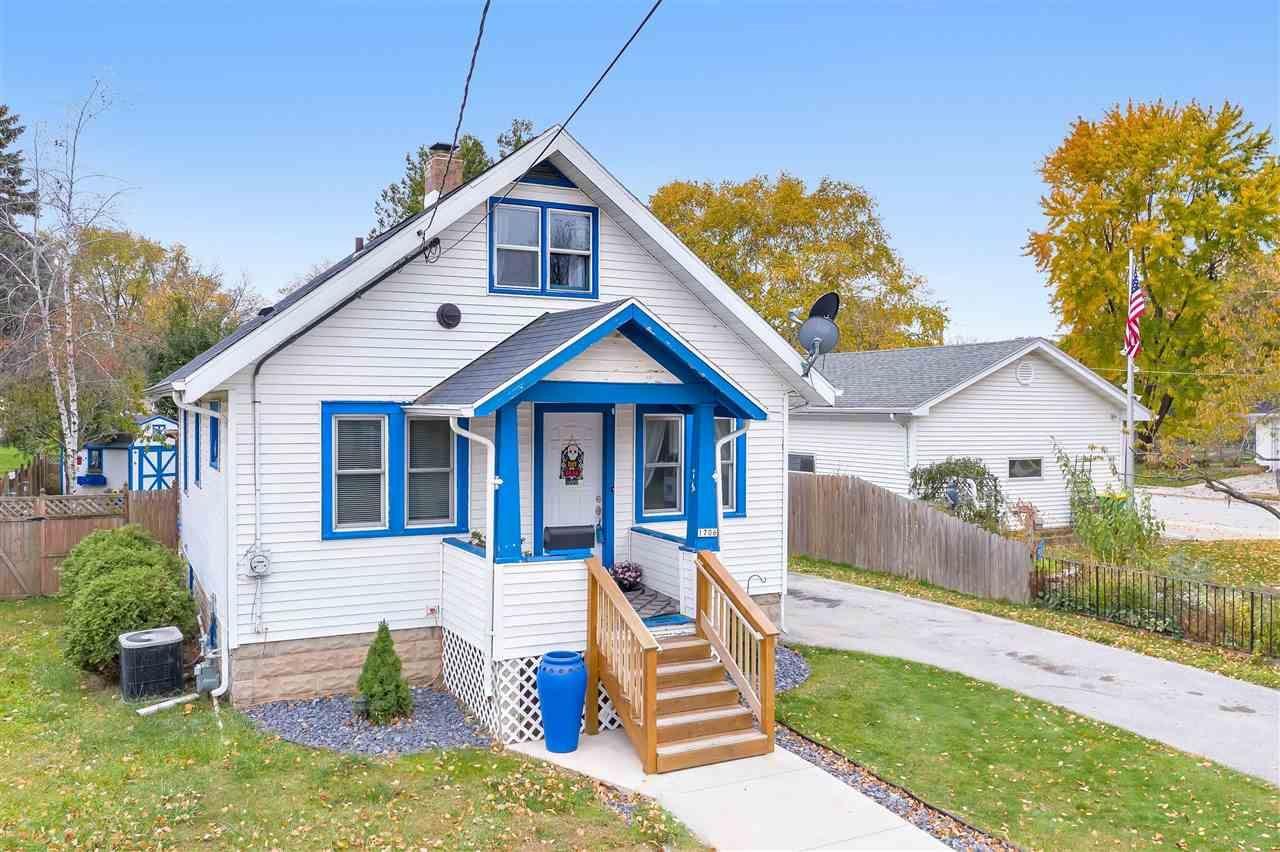 1706 SMITH Street, Green Bay, WI 54302 - MLS#: 50231278