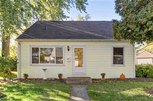 Photo of 627 FAIRVIEW Avenue, NEENAH, WI 54956 (MLS # 50212285)