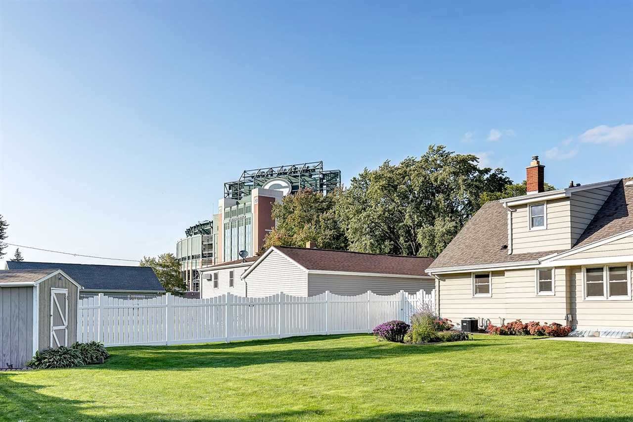 889 STADIUM Drive, Green Bay, WI 54304 - MLS#: 50232293
