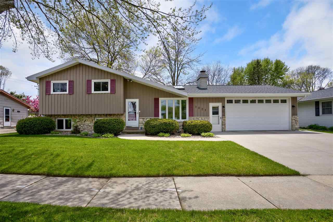 1021 E SYLVAN Avenue, Appleton, WI 54915 - MLS#: 50240296