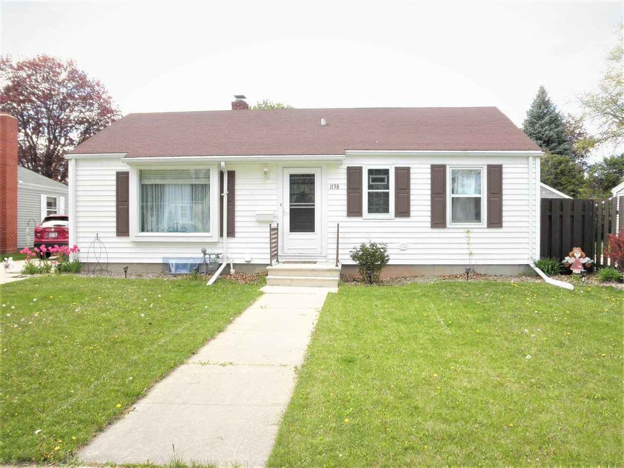 1138 COLONIAL Avenue, Green Bay, WI 54304 - MLS#: 50240303