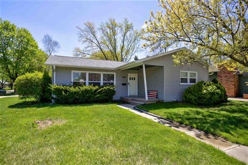 Photo of 1813 E COLLEGE Avenue, APPLETON, WI 54914 (MLS # 50222306)
