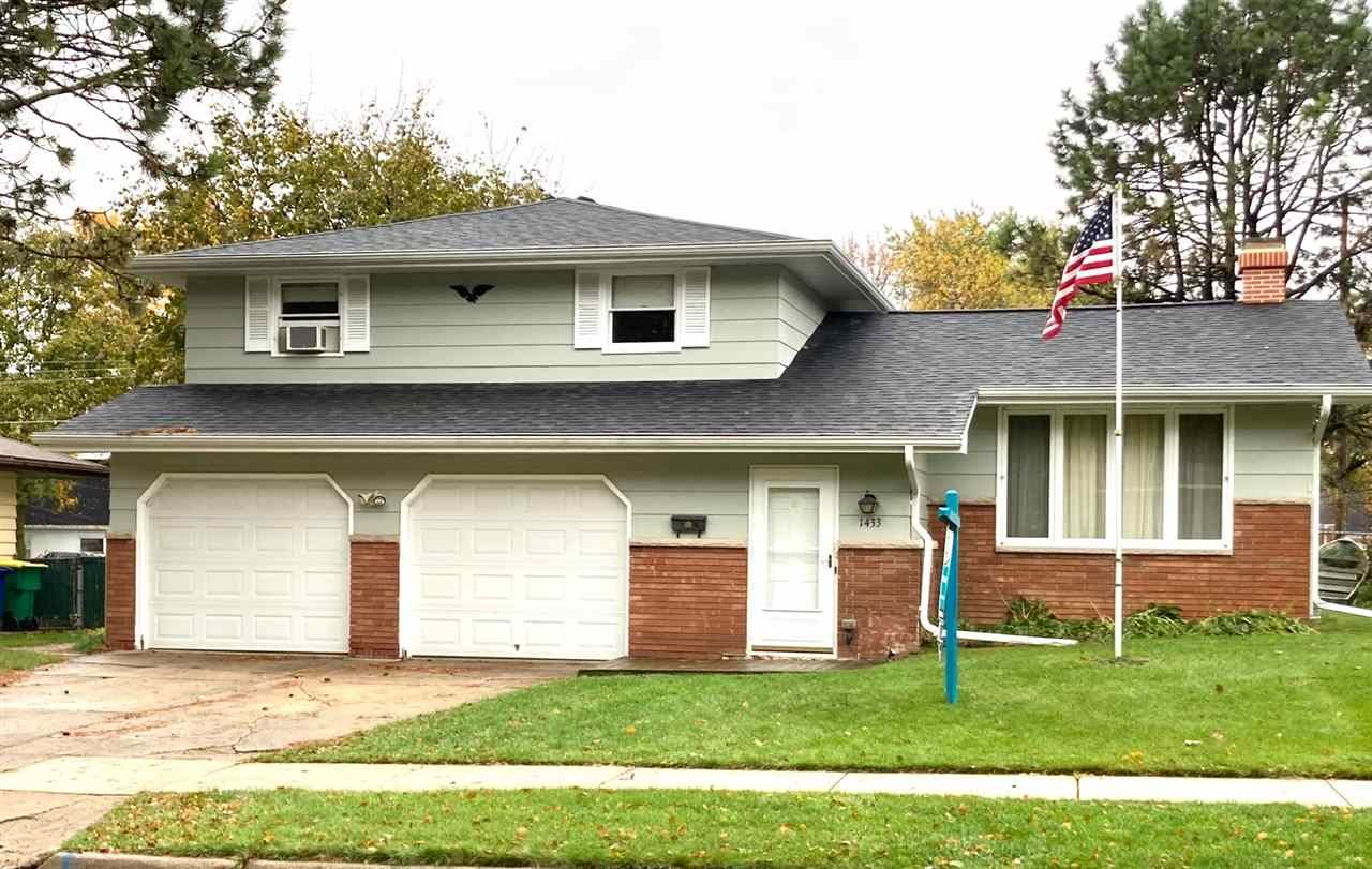 1433 RUSSELL Street, Green Bay, WI 54304 - MLS#: 50231307