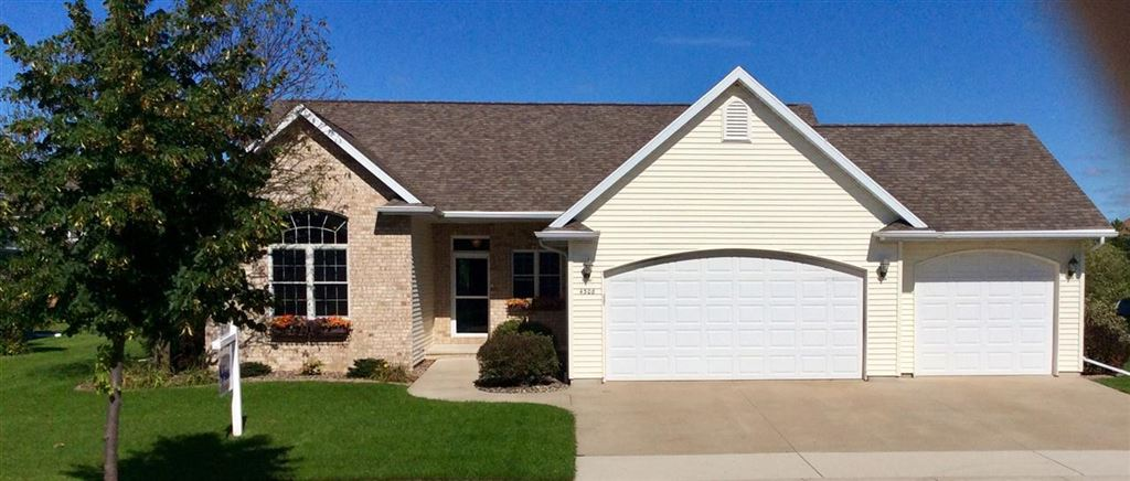 Photo for 4308 E APPLESEED Drive, APPLETON, WI 54913 (MLS # 50211331)