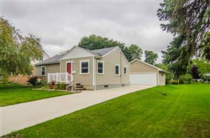 Photo of 238 S LINCOLN Street, KIMBERLY, WI 54136 (MLS # 50210335)