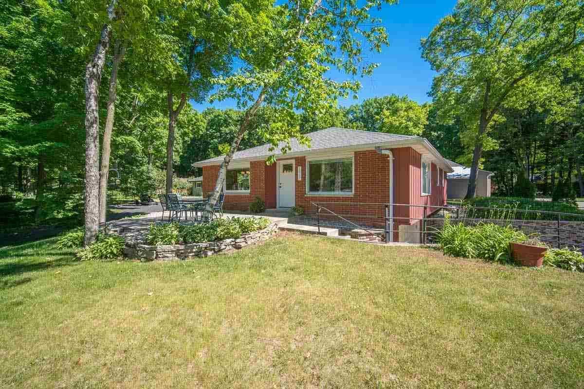 1967 BIRCH Terrace, West Bend, WI 53090 - MLS#: 50242347