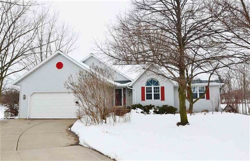 Photo of 3029 INVERNESS Circle, NEW FRANKEN, WI 54229 (MLS # 50217352)