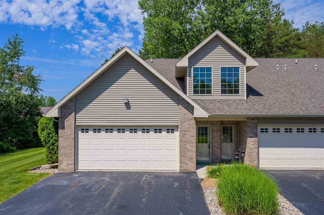 Photo for 4711 EVERBREEZE Circle #A, APPLETON, WI 54913 (MLS # 50225360)