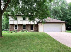 Photo of 2465 PARKWOOD Drive, GREEN BAY, WI 54304 (MLS # 50207361)