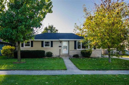 Photo of 1125 HIGGINS Avenue, NEENAH, WI 54956 (MLS # 50212361)