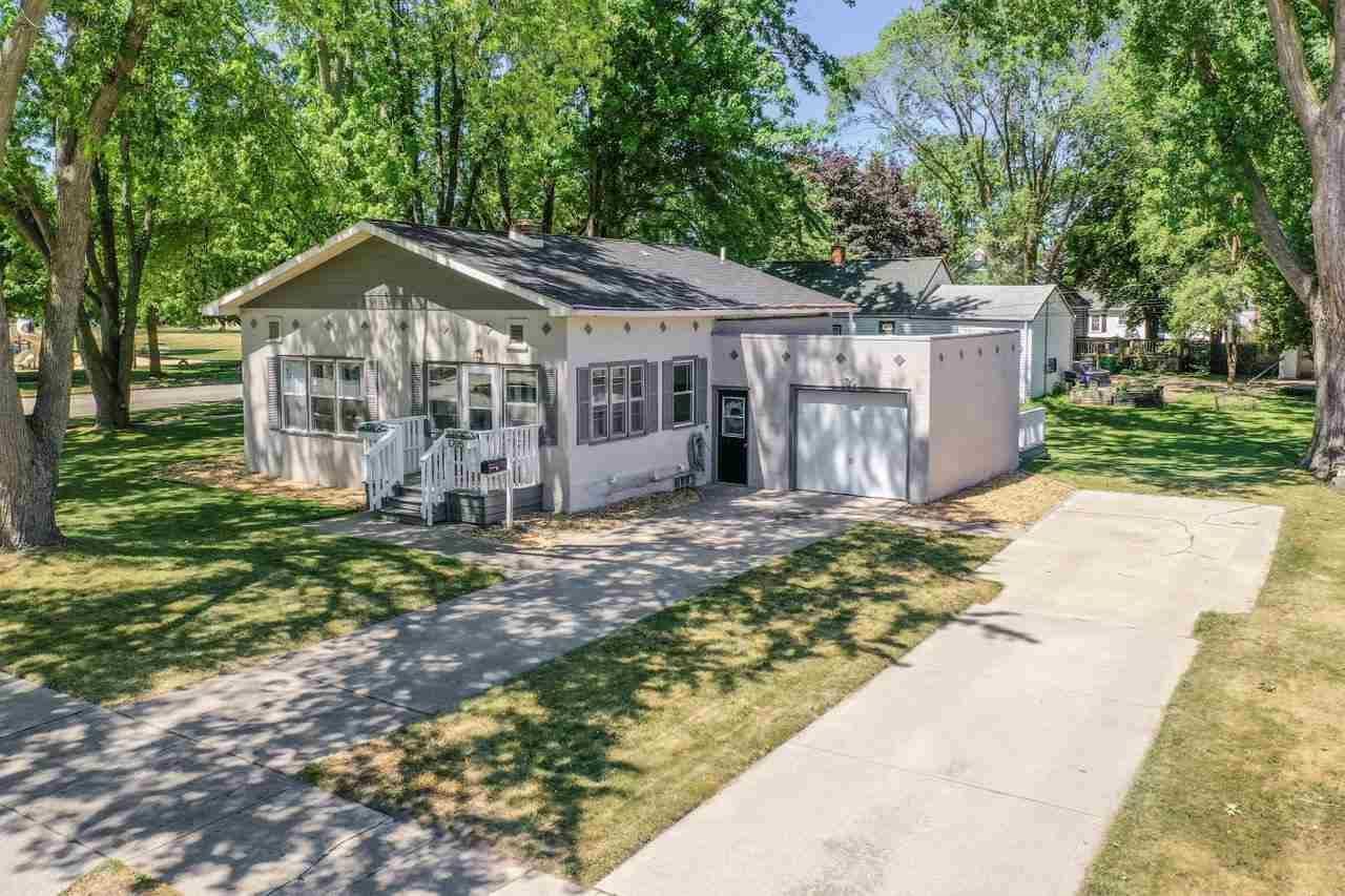 1205 VANDERBRAAK Street, Green Bay, WI 54302 - MLS#: 50242364