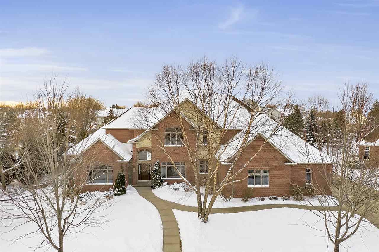 Photo for 4509 N GRASSMERE Court, APPLETON, WI 54913 (MLS # 50216366)