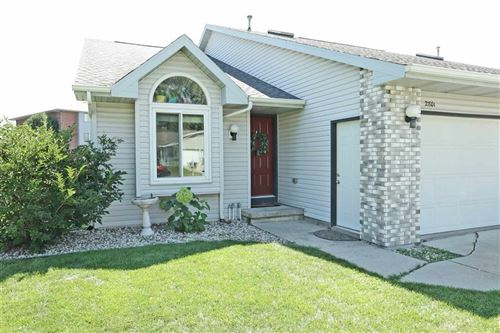 Tiny photo for 2801 W PARKMOOR Court, APPLETON, WI 54914 (MLS # 50227377)