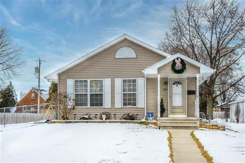 Photo of 1005 GALLAGHER Avenue, GREEN BAY, WI 54303 (MLS # 50234385)
