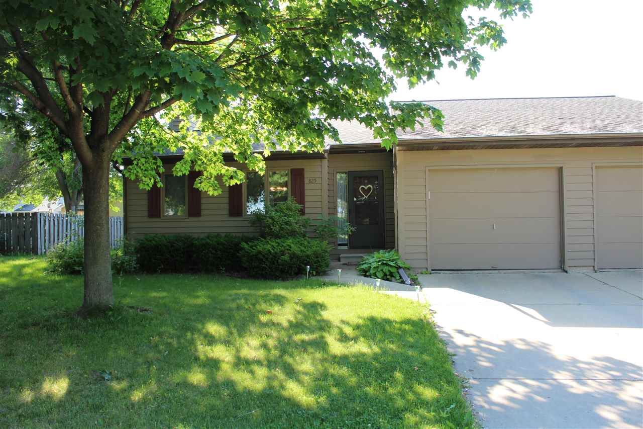 825 MANITOWISH Place #A, De Pere, WI 54115 - MLS#: 50242388