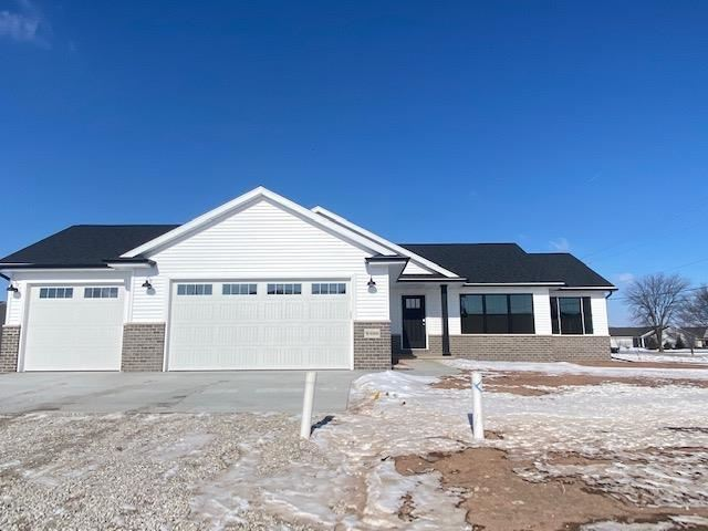 Photo for W4908 NATURES WAY Drive, SHERWOOD, WI 54169 (MLS # 50244394)