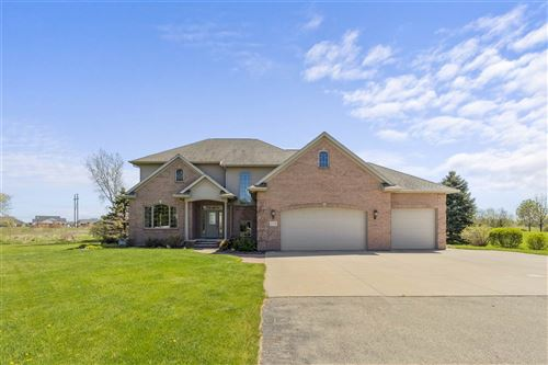 Photo of 2759 W HONEYSUCKLE Lane, APPLETON, WI 54913 (MLS # 50222398)