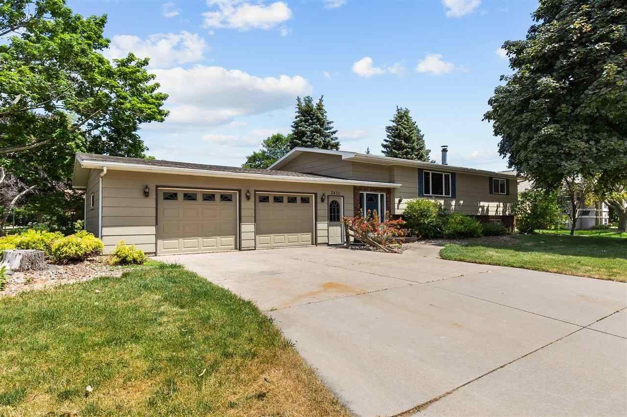 2430 W APPLEGATE Drive, Appleton, WI 54914 - MLS#: 50242399