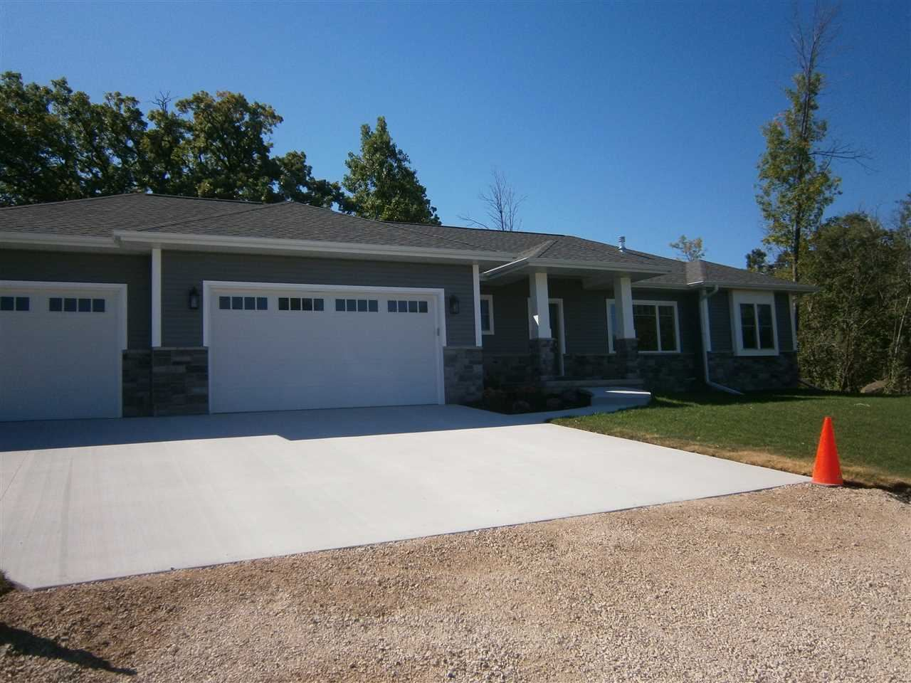 4289 STONEGATE Drive, Oshkosh, WI 54904 - MLS#: 50219401