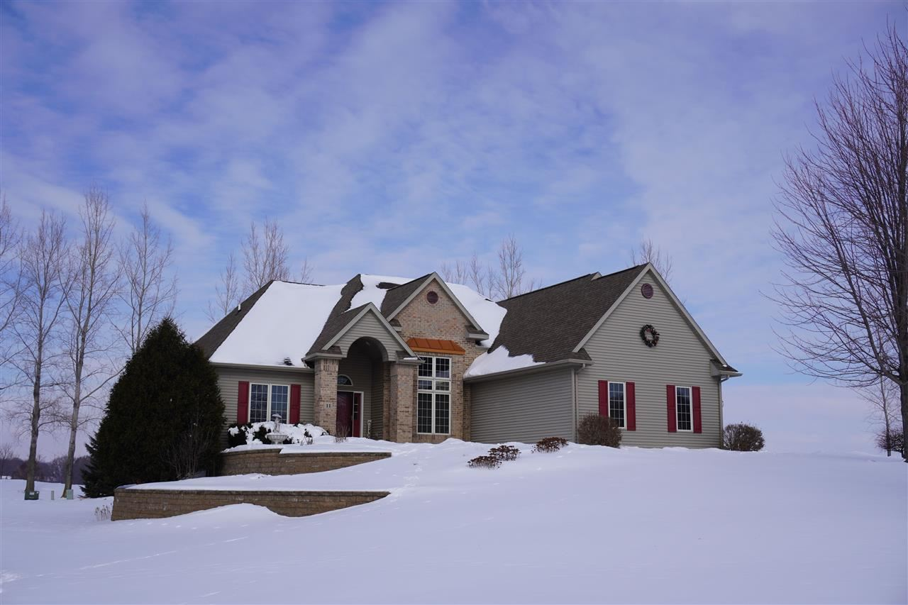 11 WHISPERING SPRINGS Court, Fond du Lac, WI 54937 - MLS#: 50235405