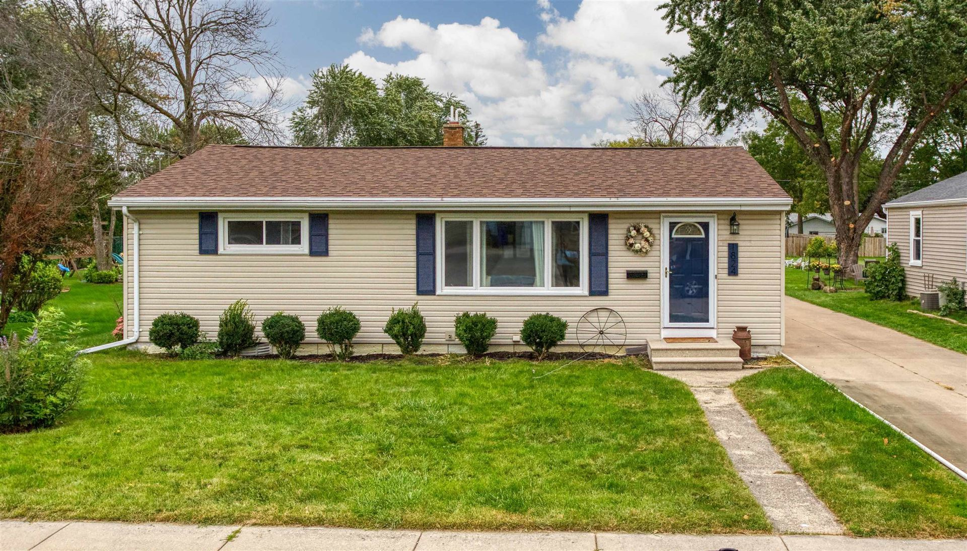 1824 E PAULINE Street, Appleton, WI 54911 - MLS#: 50248408