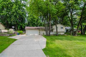 Photo of 2772 WEST POINT Road, GREEN BAY, WI 54304 (MLS # 50206411)