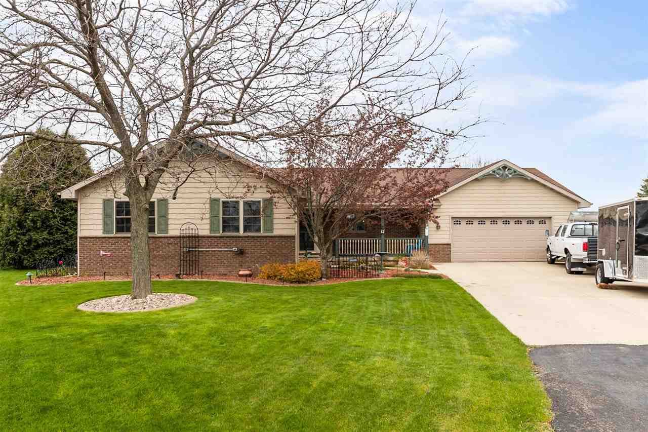 W2543 SKYVIEW Court, Appleton, WI 54915 - MLS#: 50239418