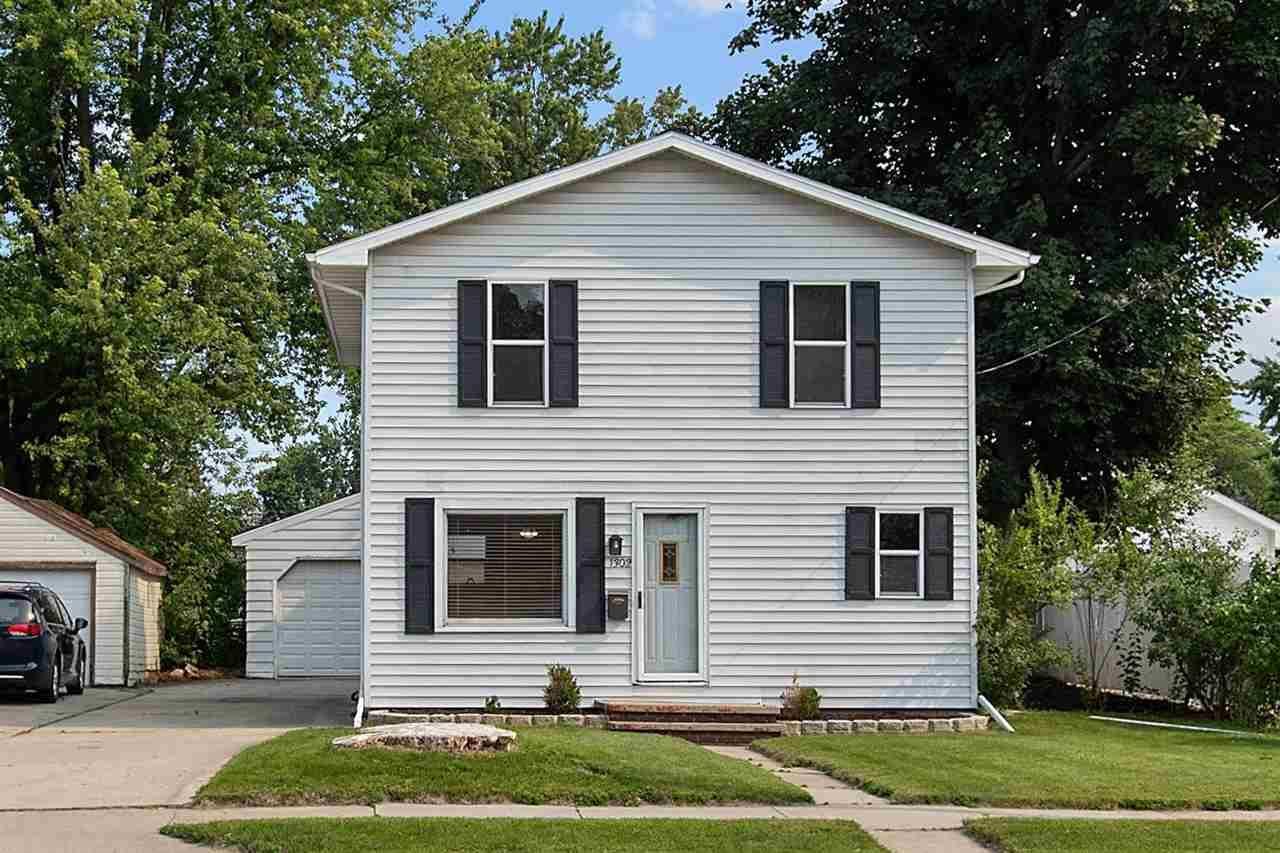 1302 E FREMONT Street, Appleton, WI 54915 - MLS#: 50244425