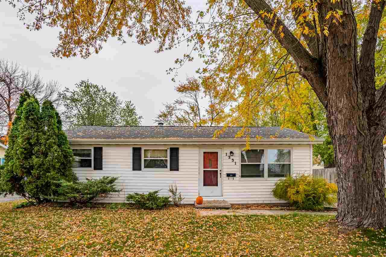 1231 E SYLVAN Avenue, Appleton, WI 54915 - MLS#: 50231428