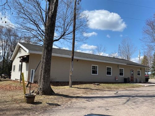Photo of 12369 S SHORE Drive, SURING, WI 54174 (MLS # 50235430)