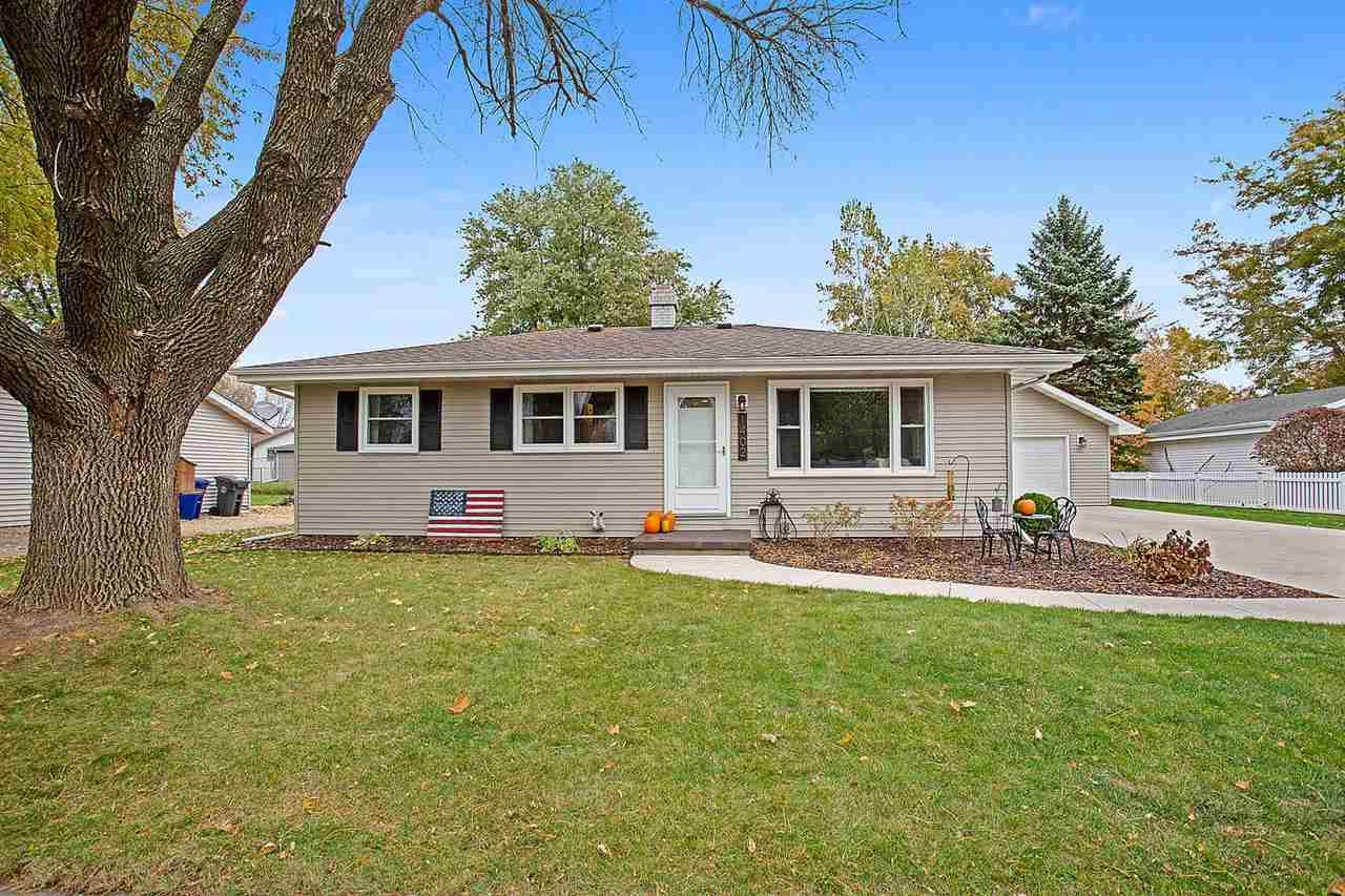 1402 BISCAYNE Drive, Little Chute, WI 54140 - MLS#: 50231430