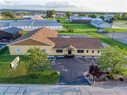 Photo of 1996 COMMERCIAL Way, GREEN BAY, WI 54311 (MLS # 50209437)