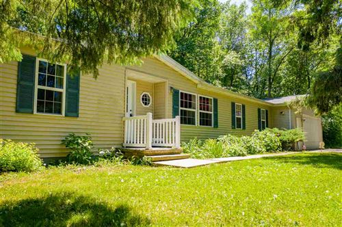 Photo of W5045 GOLF COURSE Road, SHERWOOD, WI 54169 (MLS # 50223437)