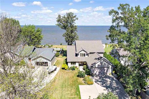 Photo of 2651 EAST SHORE Drive, GREEN BAY, WI 54302 (MLS # 50228439)