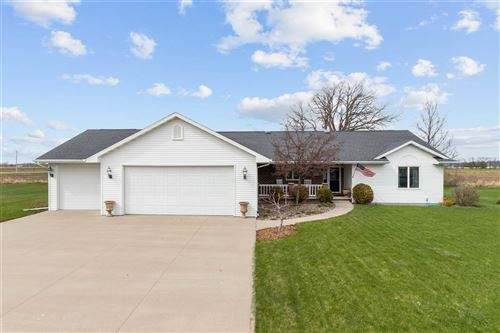 Photo of W5278 WATERVIEW Drive, SHERWOOD, WI 54169 (MLS # 50221440)
