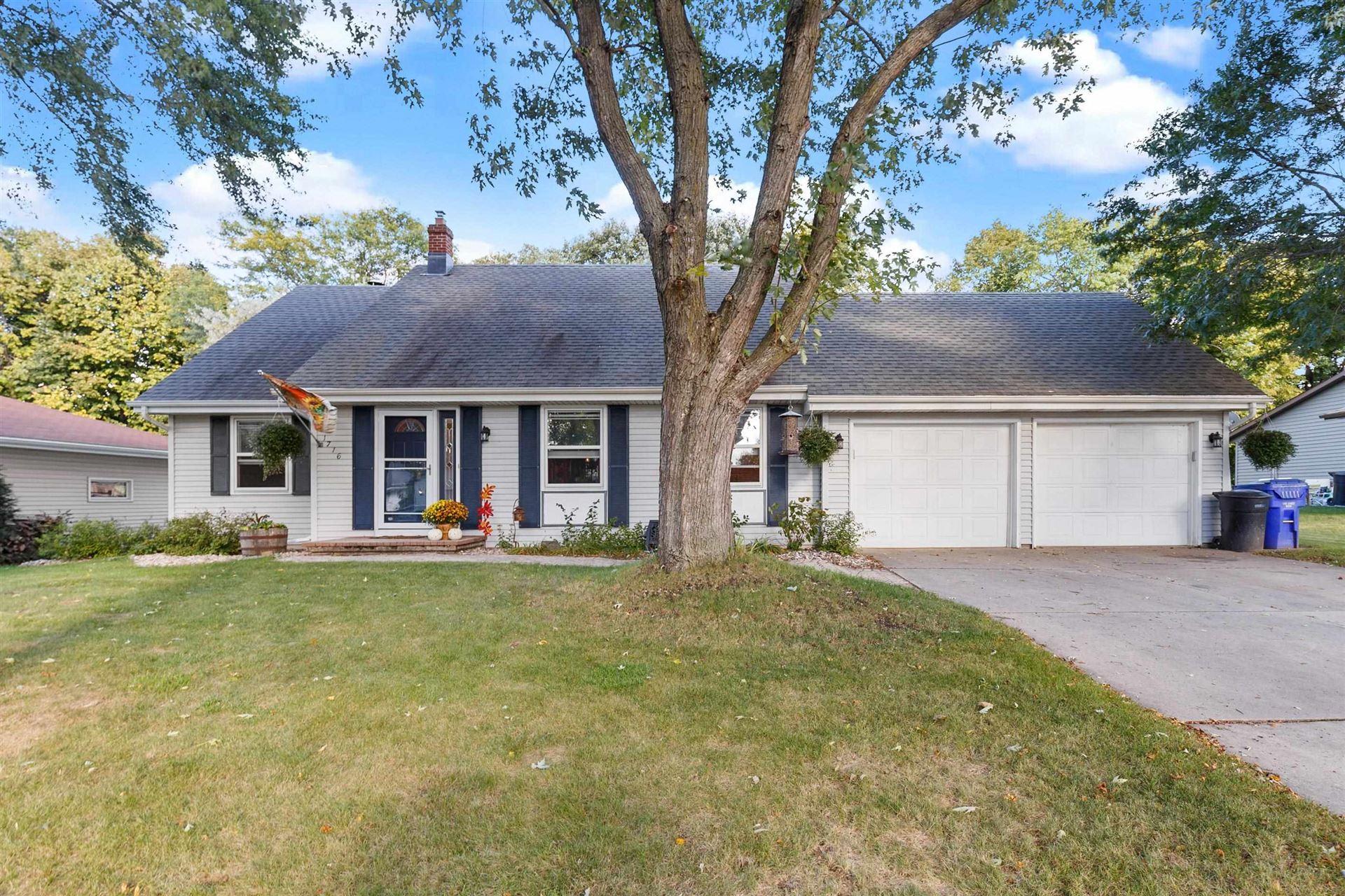 1716 S SUNDOWN Lane, Appleton, WI 54915 - MLS#: 50248440